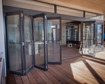 Residence-Isle-of-Capri-large-bi-fold-door